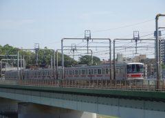 東急新横浜線への乗り入れが予定されている目黒線3000系電車