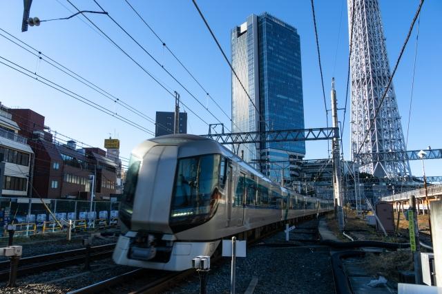 特急「リバティ会津」に使用される東武鉄道500系電車(写真AC/Tsushimahikari)