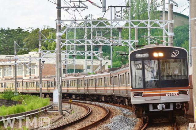 阪急京都線と相互直通運転を行うOsaka Metro堺筋線66系電車(たろとれ/写真AC)