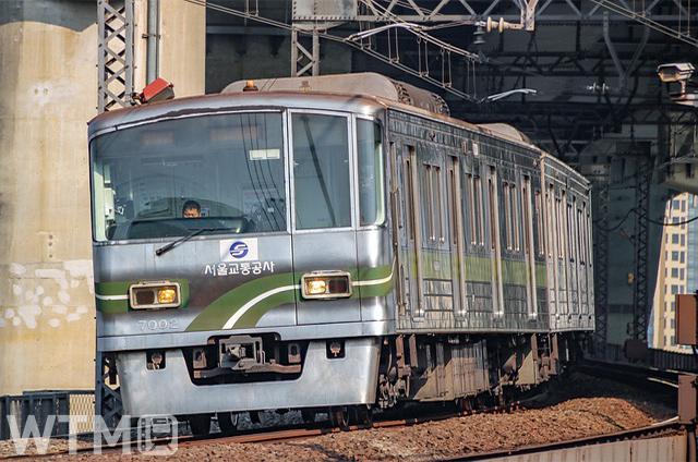 ソウル地下鉄7号線で使用されているソウルメトロ7000系電車(스마트랜스/Pixabay)