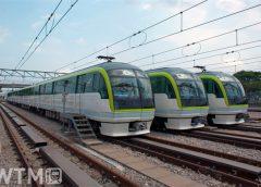 地下鉄七隈線で運行されている福岡市交通局3000系電車(jyapa/PIXTA)
