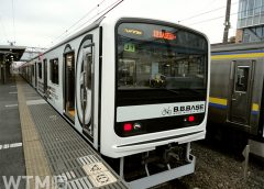 JR東日本209系2200番台電車「B.B.BASE」(eh/写真AC)