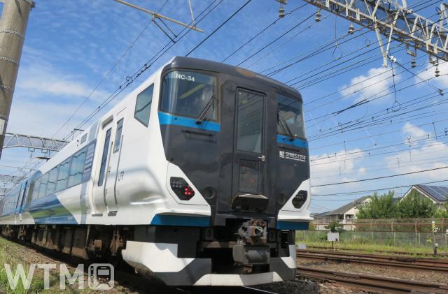 特急「湘南」で運行しているJR東日本E257系電車(トムドック/写真AC)