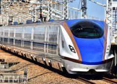 上越新幹線・北陸新幹線で運行しているE7系(H.Motti/写真AC)