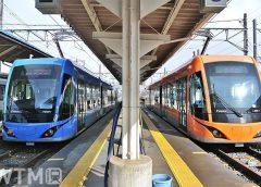 福武線越前武生駅に停車中のF1000形電車「FUKURAM(フクラム)」(匿名熱望/Wikipedia, CC 表示-継承 4.0)