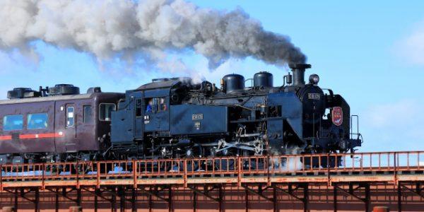 JR北海道「SL冬の湿原号」客車リニューアル 木目に赤が映える「たんちょうカー」登場